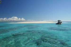bivouac sur l'ilot de sable blanc à Mayotte